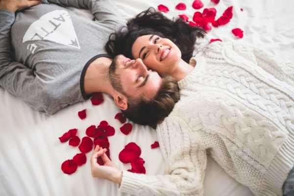 Image result for शादी के बाद रखना है अपने पार्टनर को खुश