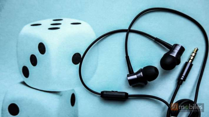 Priced at Rs 999, the 1More Piston Fit offer impeccable comfort and therefore, could make for a great pair of spare earphones you can take to the gym.