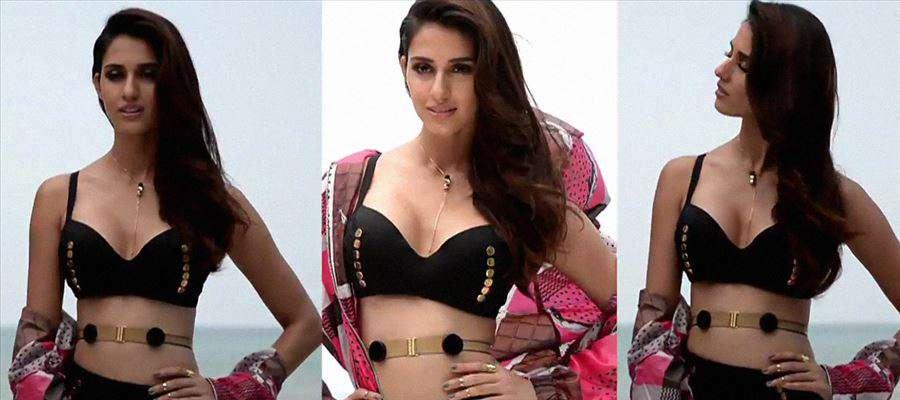 Is this how you wear Dress in Public, Disha Patani? HOTTEST PHOTOS in PUBLIC... Check it Out